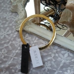 NEW! J Crew SOLID Gold TONE Bangle Bracelet